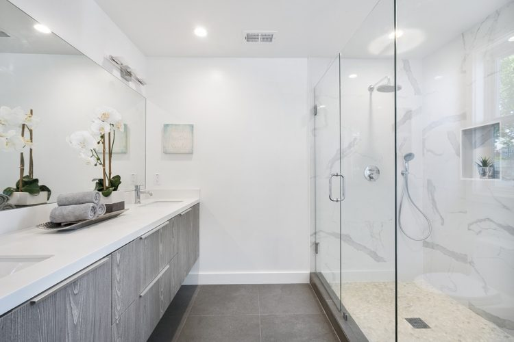 What You Need to Know Before Buying a Shower Enclosure